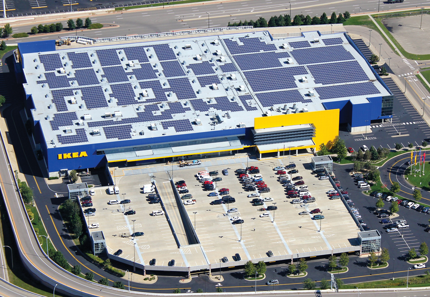 IKEA's Bloomington, Minn., rooftop photovoltaic array—its 31st U.S. solar project.